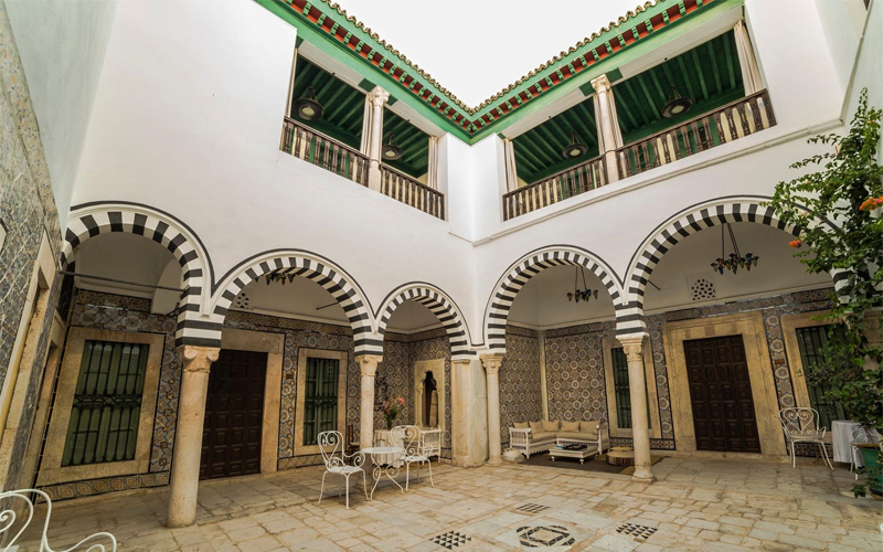 Tunis culture check out tunis culture cntravel for Maison traditionnelle tunisienne