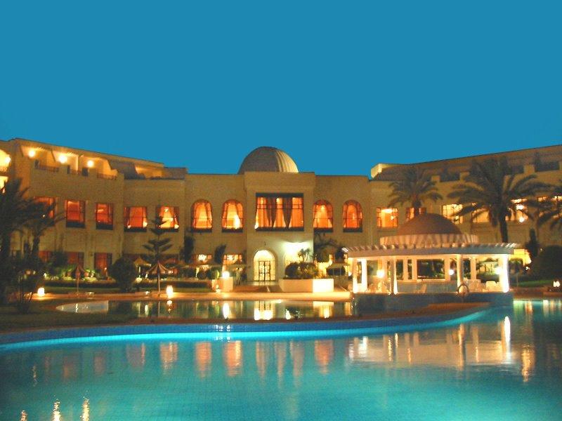 top 10 des centres de thalasso les plus luxueux en tunisie. Black Bedroom Furniture Sets. Home Design Ideas